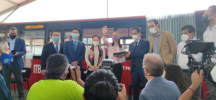 Yutong Steals the Show with First-of-its-kind 18-meter Full-electric High-platform BRT Bus in Mexico